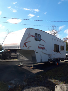 27' 2006 Prowler 5th Wheel