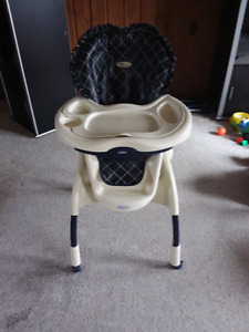 Graco Navy Classic High Chair
