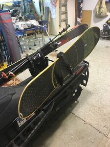 BRAND NEW!! snowboard & ski rack for snowmobiles