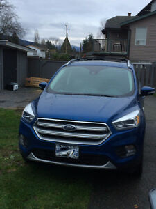 Like new.Lease take over 2017 Ford Escape Titanium SUV