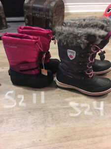 Girls Winter Boots  - Like New !