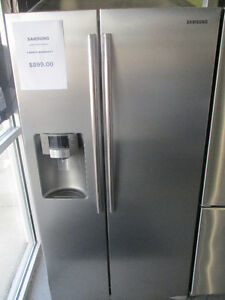 ***********GORGEOUS SIDE BY SIDE SAMSUNG FRIDGE**************