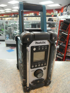 Makita LXRM02 Cordless Jobsite Radio