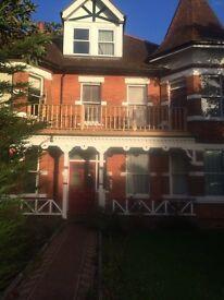 Victorian 2 bed 1st floor flat 75sqm near Folkestone west