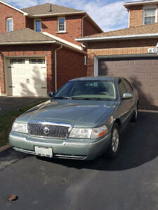 2005 Mercury Grand Marquis Ultimate Edition Sedan