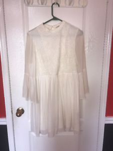 PRETTY WHITE DRESS FROM FOREVER 21 FOR SALE