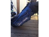 Taylormade stand bag complete with full set of clubs