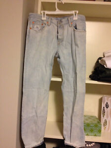 Levi's boyfriend fit size 8 BRAND NEW