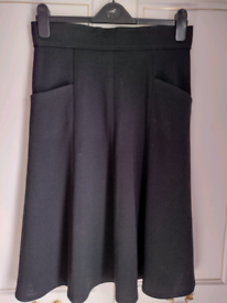 Vintage Black Skirt as new! 31 inch waist/with pockets. Can be viewed!