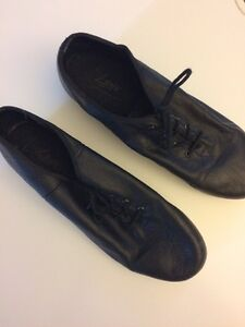Chaussures claquettes/ Jazz tap shoes