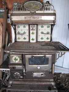 wood cook stove  Happy Thought Peterborough Peterborough Area image 1