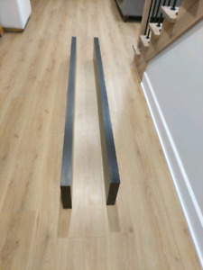2 tablettes ikea LACK