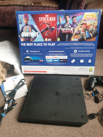 Like new PS4 SLIM Console, Genuine Controller, Cables