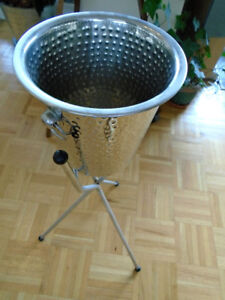 Champagne Ice Bucket with Stand