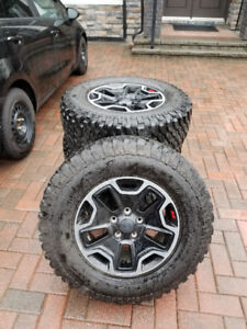 2018 Jeep BF Goodrich Mudtrain AT tires & Wheels TPMS. CHEAP NEW