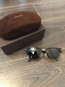 Like NEW Tom Ford Polarized Sunglasses for sale!!!