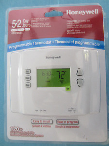 3 Thermostats NEUFS de chauffage central + climatisation ou foye