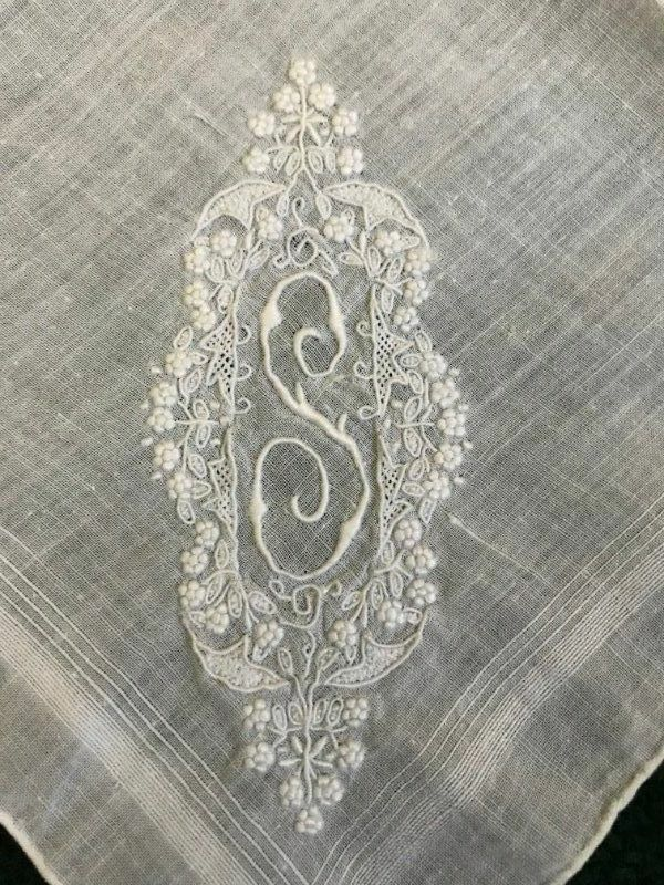 AnTiQuE BRIDAL Intricate & Finely EMBROIDERED Monogram S Wedding Hanky