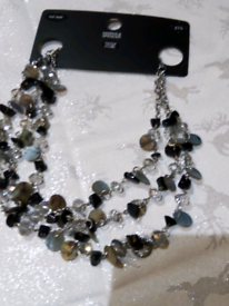 Shell type M&S necklace