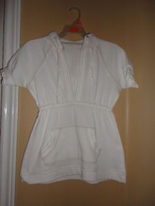 Women's white sweater hoodie Size small London Ontario image 1