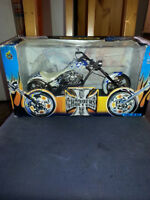 New Muscle Machines 1:10 Jesse James West Coast Choppers Sturgis