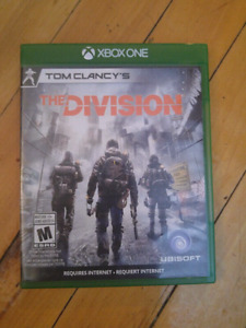 The Division Xbox1 mint 25$