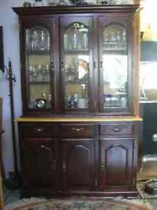 Table with chairs and Hutch/China Cabinet