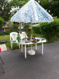 patio table/umbrella/chairs