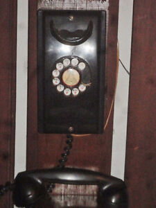 1949 WESTERN ELECTRIC ROTARY DIAL PHONE