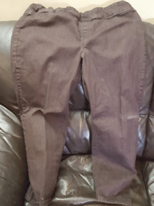 Woman's pants size 14 to 16 Part 2