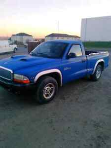 Dodge Dakota 2000 2x4 3.9 V6