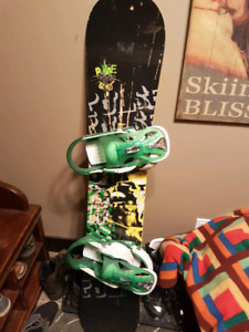 148 Salomon snowboard with burton custom bindings