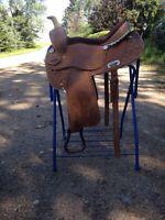 Barrel saddle