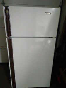 Refrigerator / Fridge