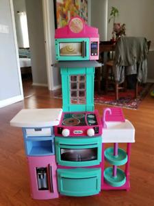 Used Little Tikes kids' play kitchen