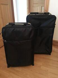 Suitcase set very light weight