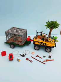 Playmobil set 4175. Dinosaur with trap and vehicle