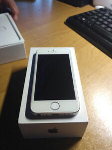 Brand new unlocked iPhones with Boxes
