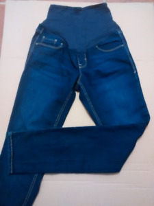 Ladies Maternity Old Navy Jeans