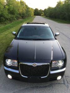 2010 Chrysler 300-Series C Sedan