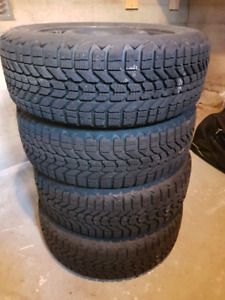 4 x Pneu d'hiver Firestone Winterforce 205/60R16