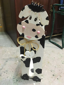 Wooden Cow Toilet paper holder