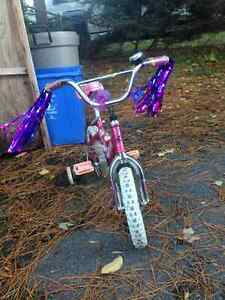 Girls bike with training wheels with bells and whistles Cornwall Ontario image 2
