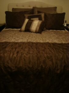 Double/Queen Comforter for Sale