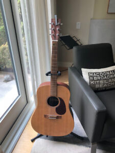 Beautiful Martin DX1 Dreadnought Acoustic. Sitka Spruce w. Case