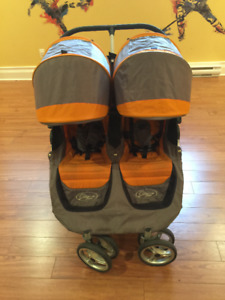 Pousette double Baby Jogger City mini
