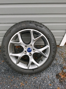 Ford Focus 17 inch rim and tire