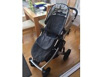 Uppababy Vista complete travel system