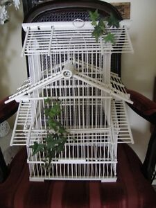LARGE WHITE DECORATIVE BIRD CAGE