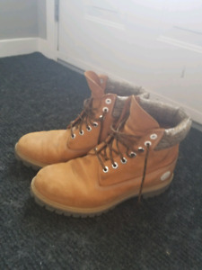 Size 10 mens timberlands REDUCED!!!